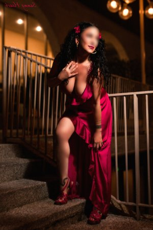 Meiggie call girls in Hanford and thai massage
