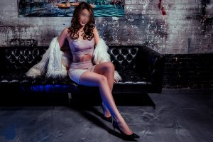 Syriel erotic massage in Prairie Village